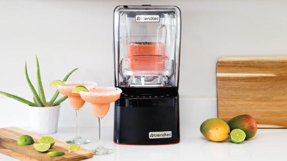 Chọn mua máy xay sinh tố công nghiệp để mở quán cà phê, sinh tố sao cho phù hợp?